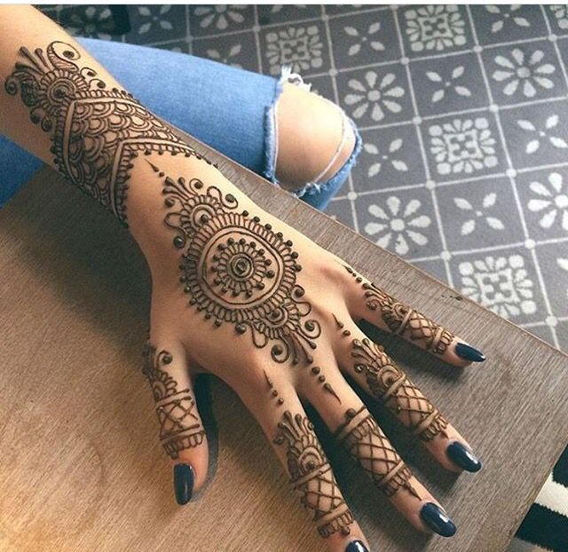 Allergic Reaction To Henna Symptoms And Treatments Medguidance